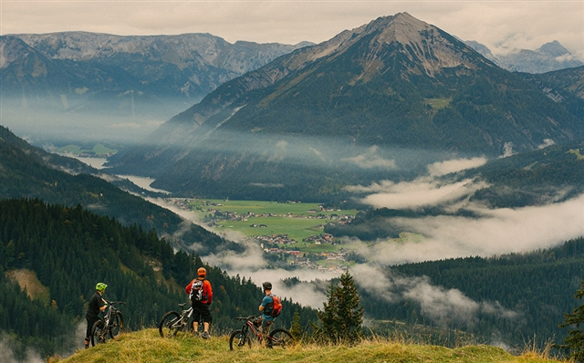 DESTINATION TRAIL: GERMANY